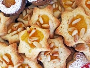 Biscotti con pinoli