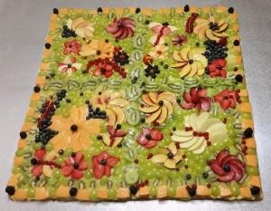 Crostata alla frutta con crema pasticciera e frutta fresca di stagione
